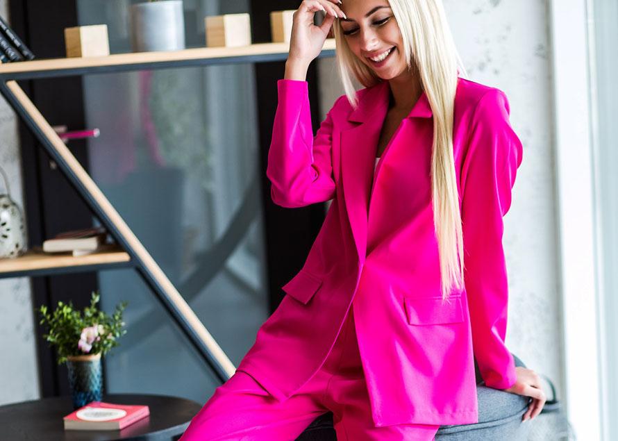 Цвет настроения: розовый. Как носить самый модный цвет этой весной и летом