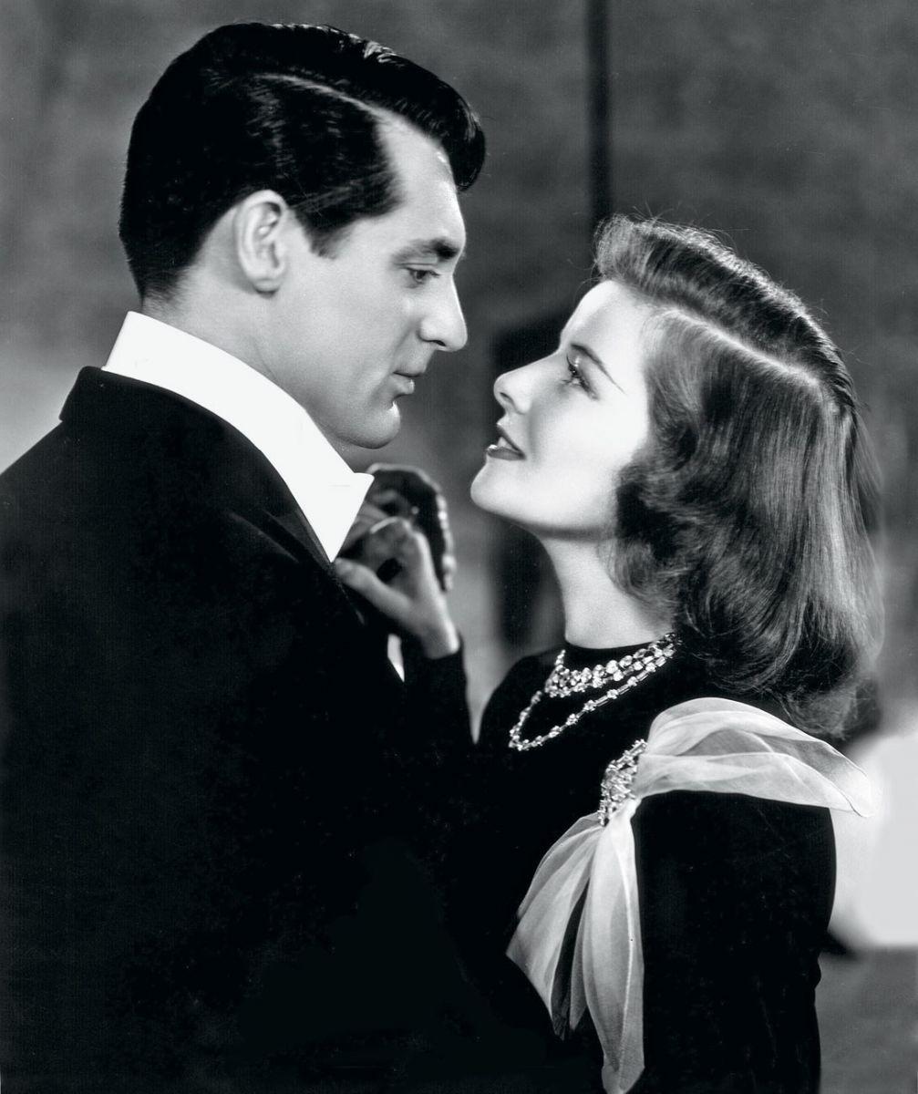 Влюбленные - черно-белая картинка из кино