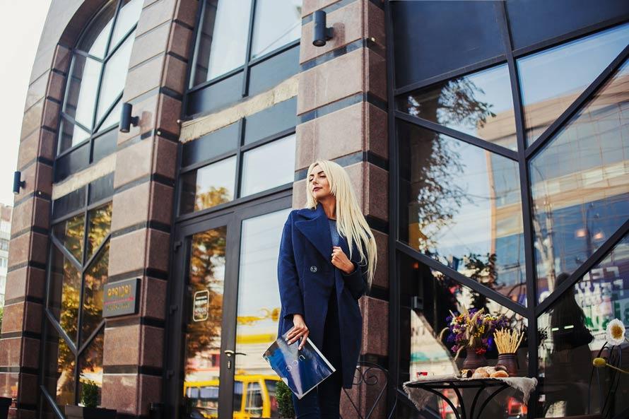 Женское пальто от производителя одежды Аржен фото