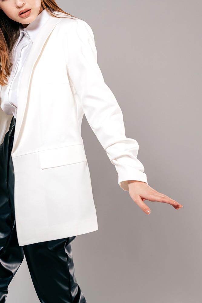 Купить белый женский жакет - фото